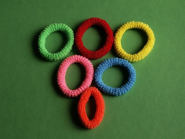 How to Make a Face Mask Using Hair Ties - Image 1